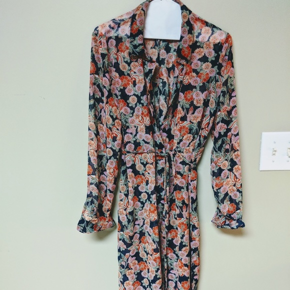 c9b5d235dfd Forever 21 Dresses   Skirts - Forever21 Sheer Floral Chiffon Maxi Shirt  Dress